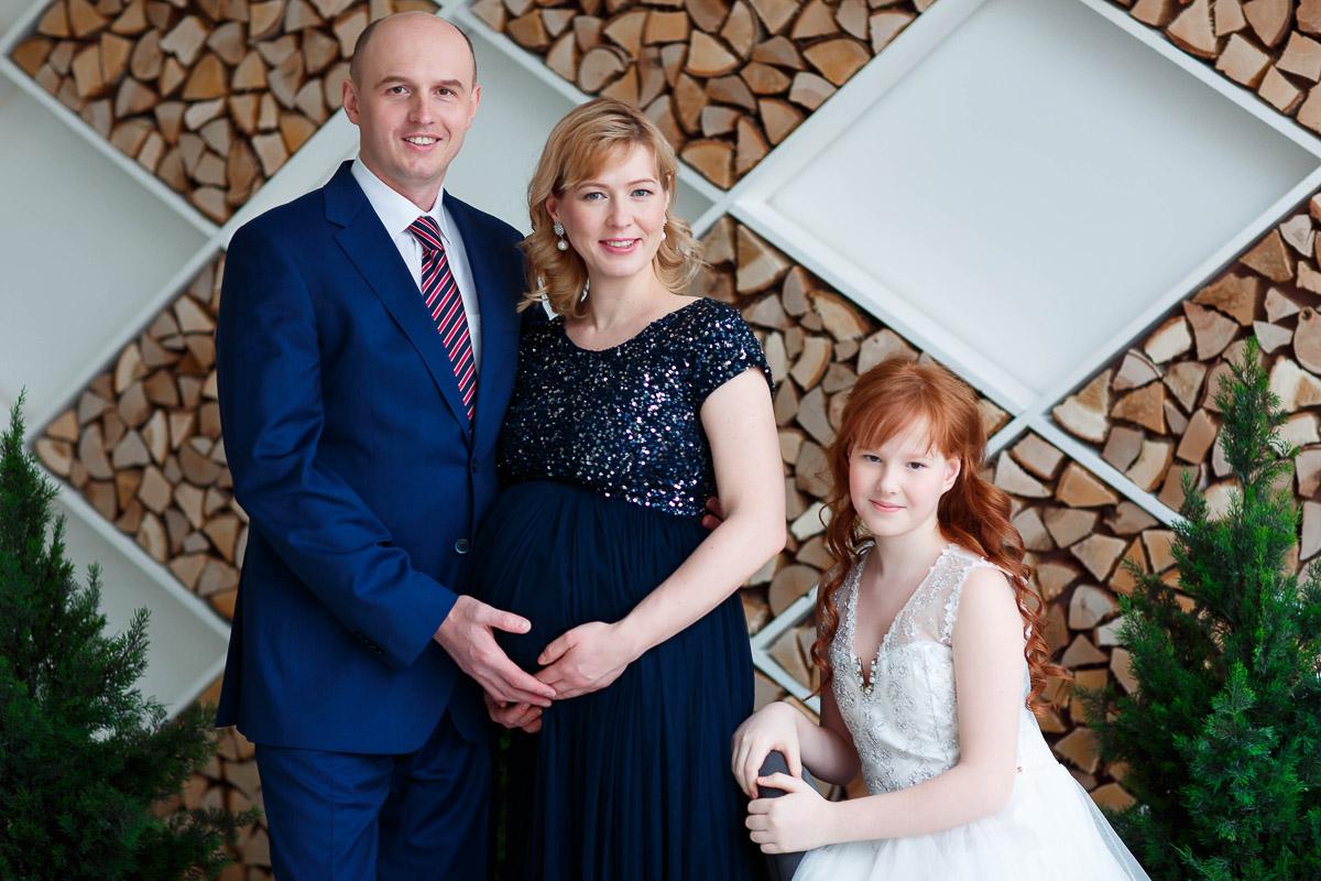 Семейная фотосессия в синих тонах