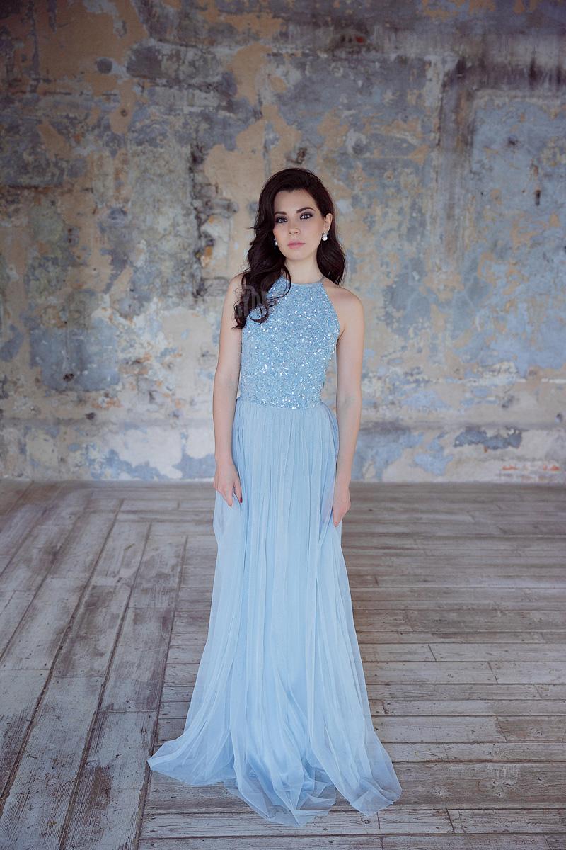 Платье с верхом кроя реглан