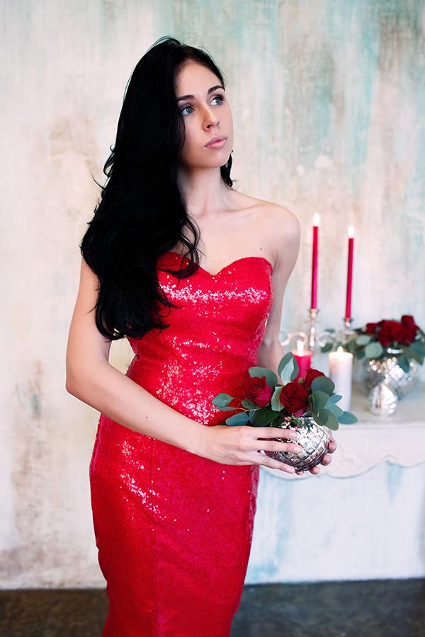 платье цвета пламени