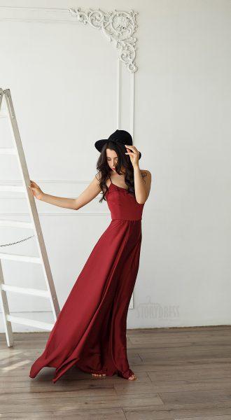 Романтичное платье в стиле изящного минимализма
