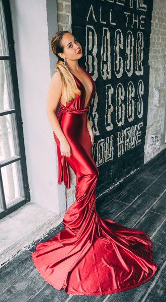 Студийная съемка в платье