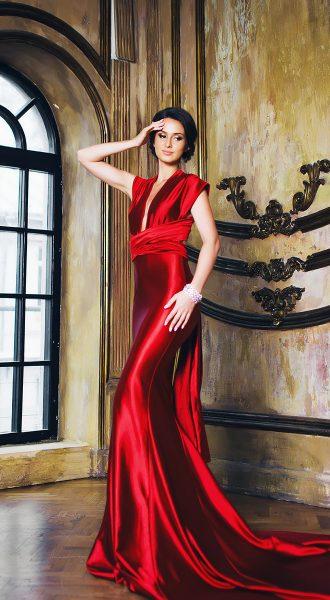 Ярко-красное платье-трансформер