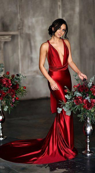 Фотосессия с букетами цветов в вазах