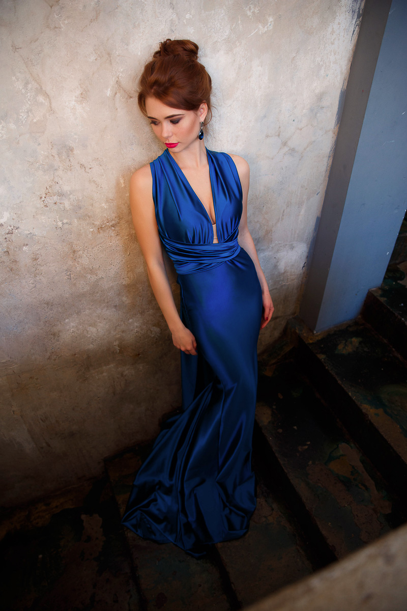 Синий шелк платья-трансформера