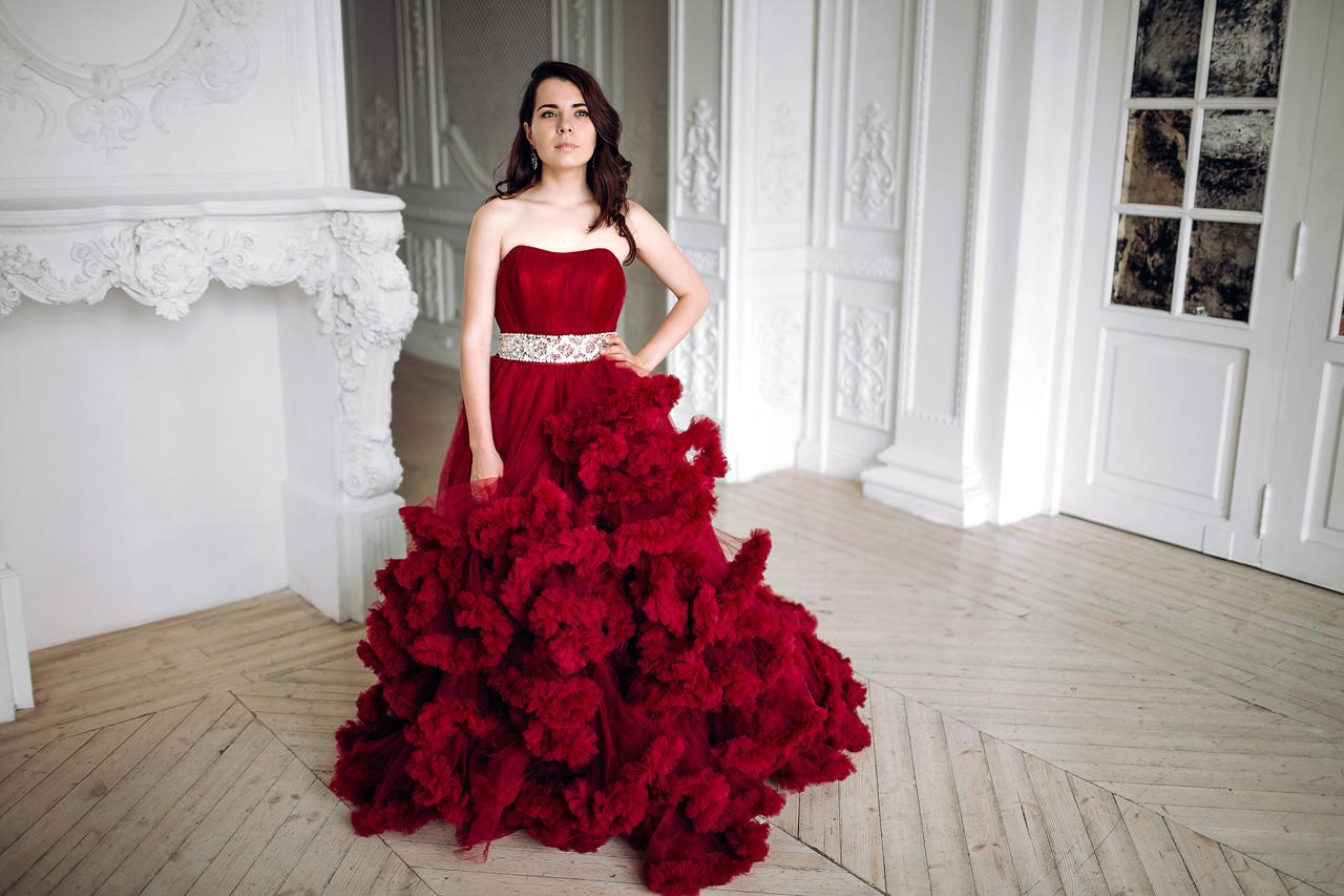 Эффектное платье напрокат