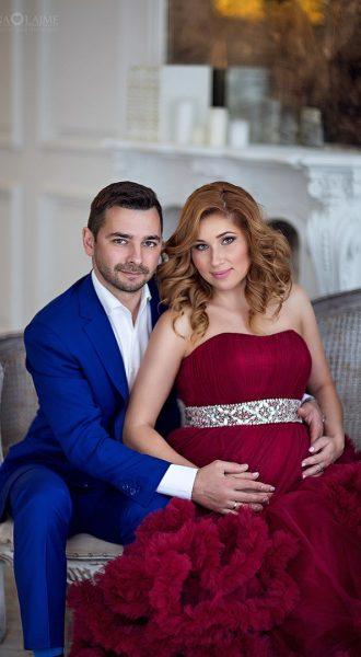 Фотосессия беременной девушки с супругом