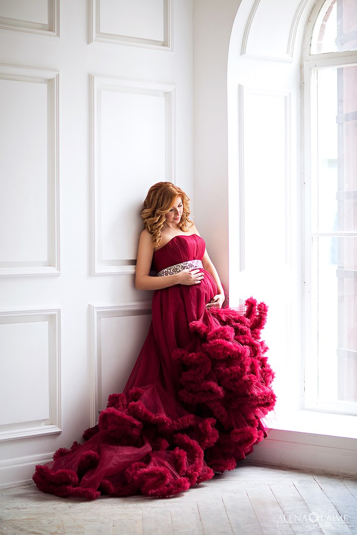 Фотосессия беременной в пышном платье