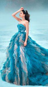 Пышное платье Cascade в аренду