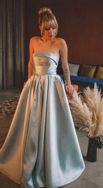 Пышное платье Nicole Blue