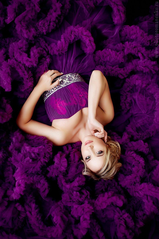 Роскошное фиолетовое платье-облако