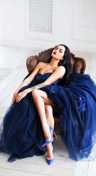 Дерзкое платье в аренду