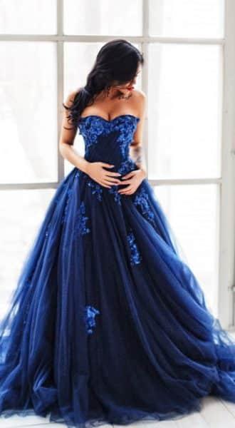 Пышное платье темного-синего цвета Storm Sky