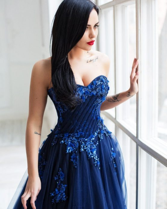 Красивое платье в аренду Москва
