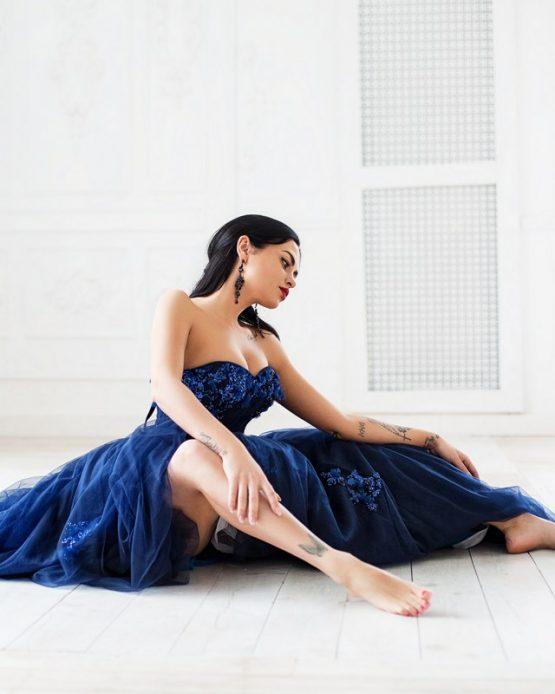 Темно синее платье напрокат