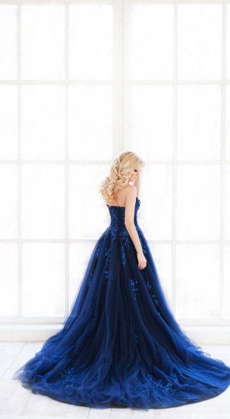 Фотосессия в платье из проката