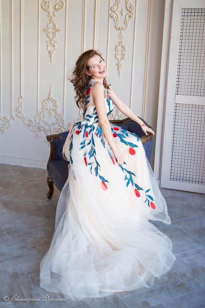 Воздушное платье цвета айвори