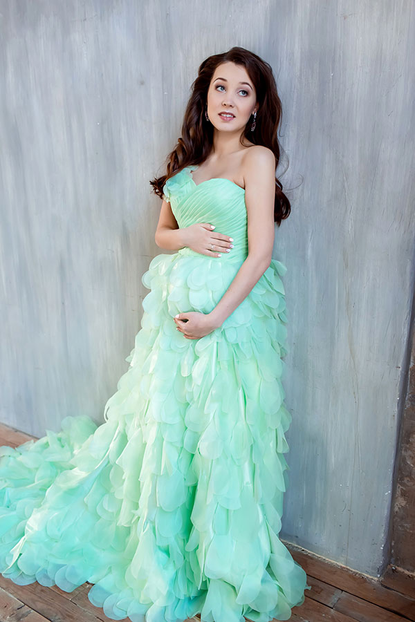 Пышное платье для фотосессии беременности