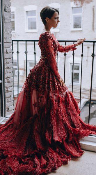 Платье с перьями страуса Grace Kelly Bordeaux