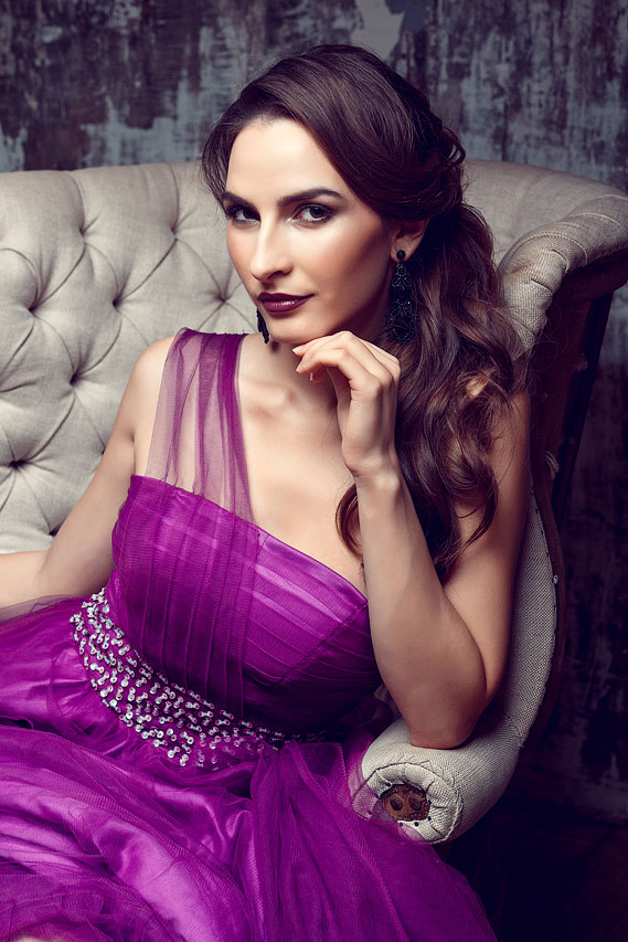 Фиолетовое платье напрокат для съемки
