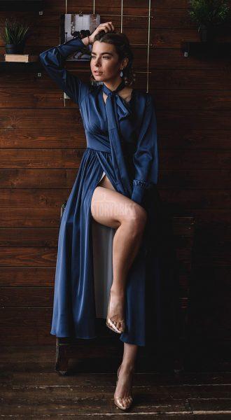 Закрытое платье-миди Anna