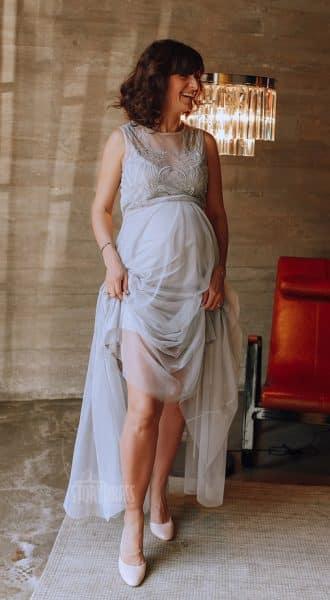 Нежно-голубое вечернее платье для беременных Tally