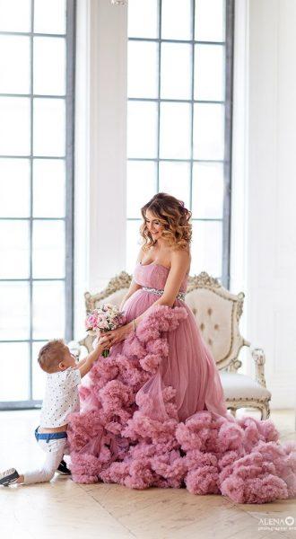 Фотосессия беременной мамы с сыном