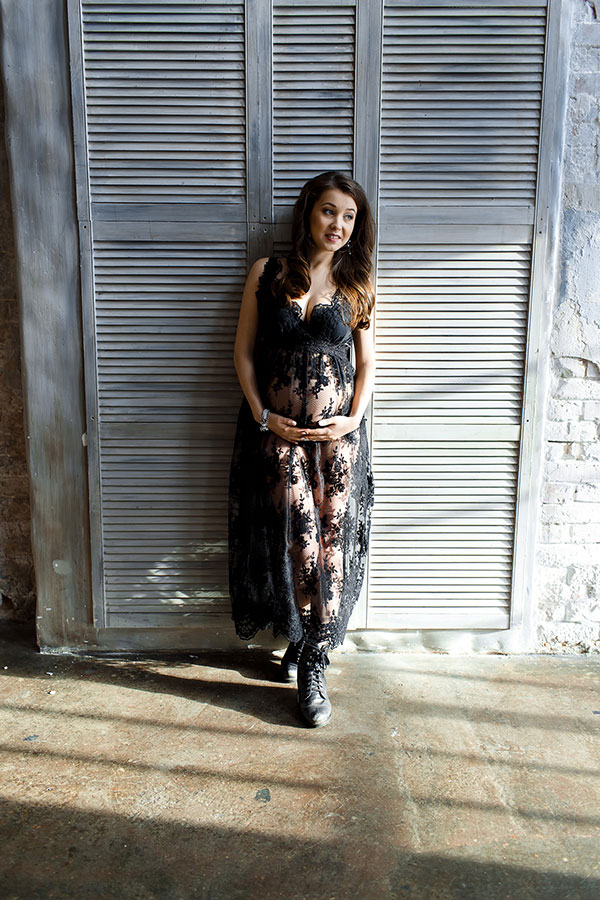 Кружевное будуарное платье для беременных