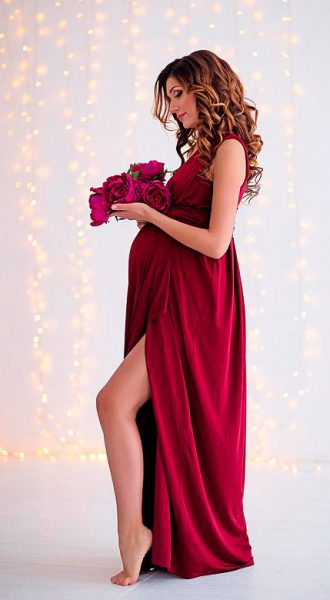 Бордовое платьедля фотосессии беременности Cherry Ripe
