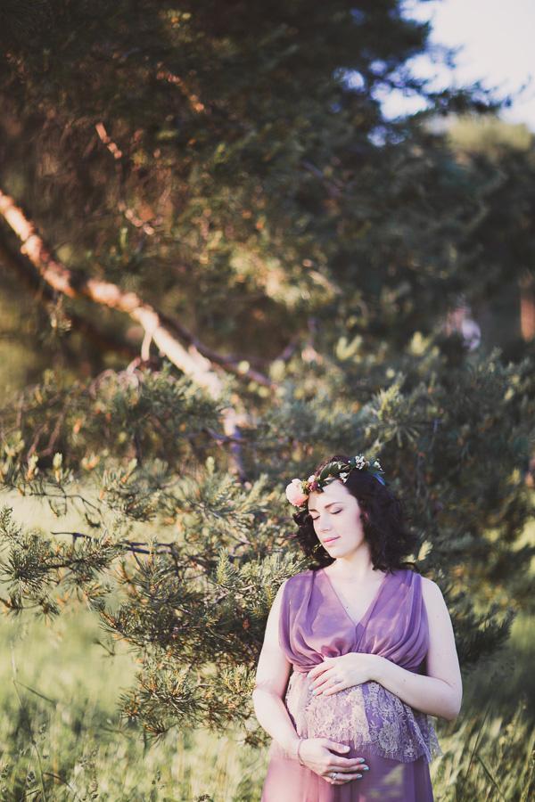 Платье баклажановых оттенков для фото беременности