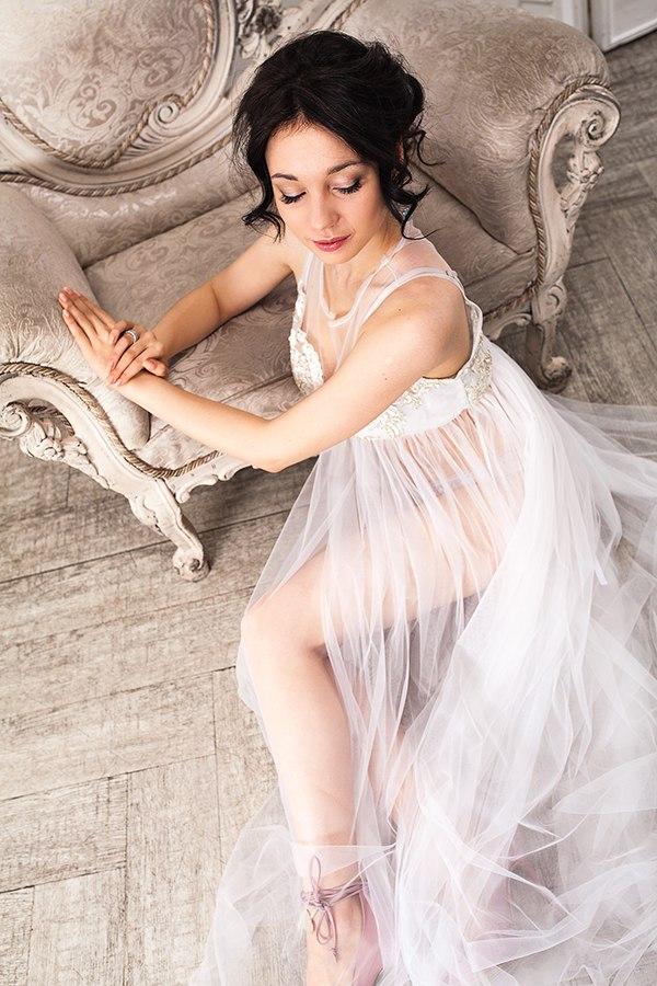 Будуарное платье для фотосессии утра невесты