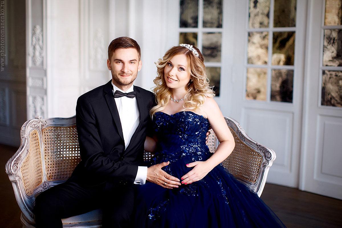 Романтическая фотосессия будущих мамы с мужем