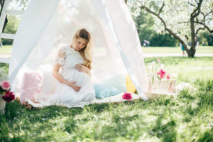 Фотосессия беременности в парке