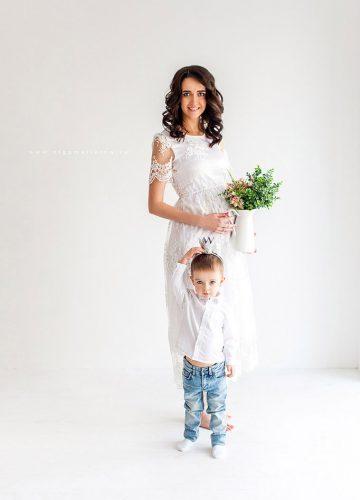 Фотосессия беременности в белом платье