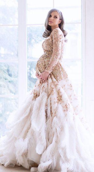 Платье с перьями страуса с роскошным декором