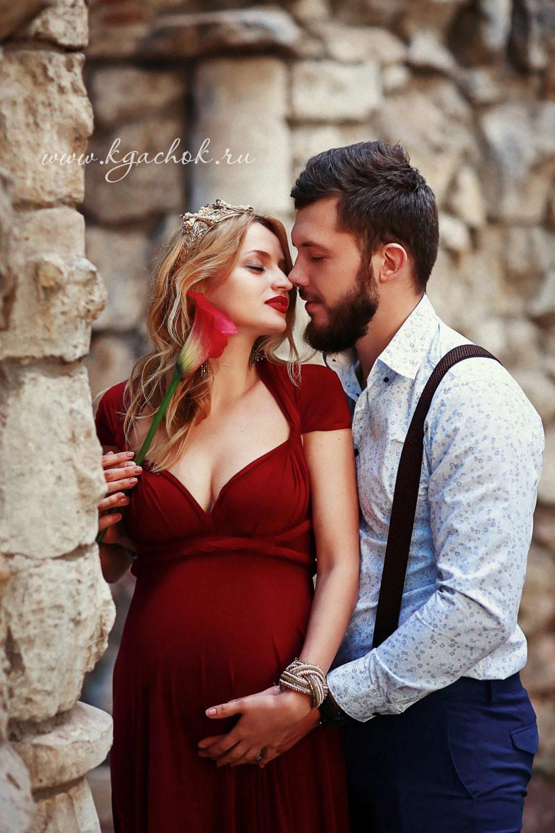 Бордовое платье для беременной