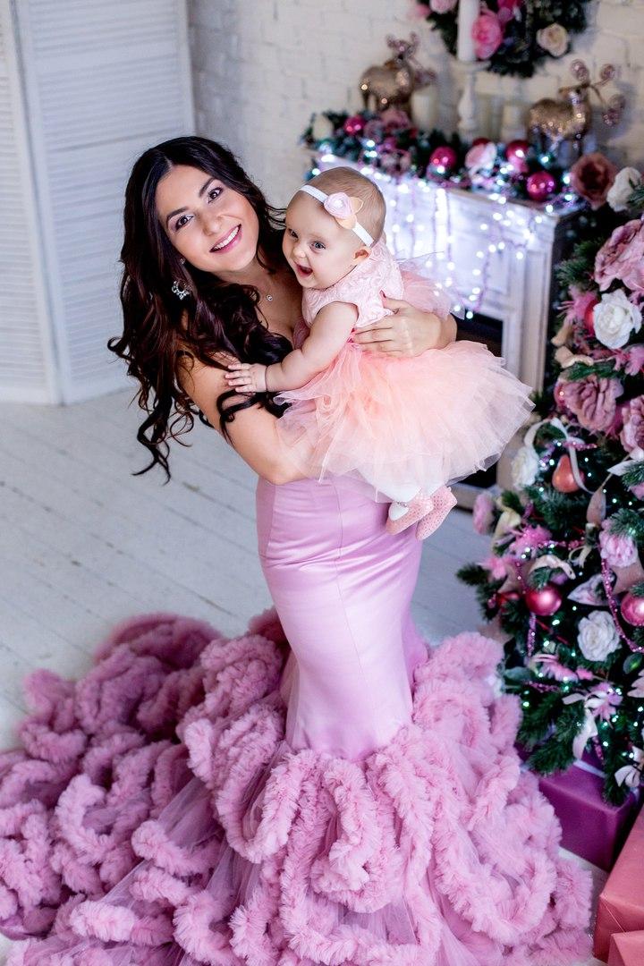 Рождественская фотосессия мамы и дочки