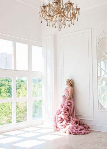Платье с роскошной юбкой для фотосессии будущей мамочки