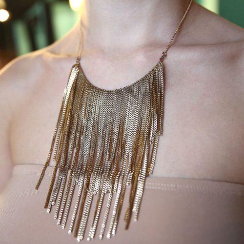 Ожерелье ч золотыми цепочками N-05