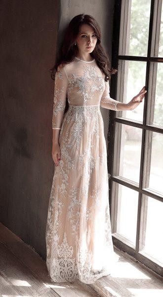 Романтичное вечернее платье