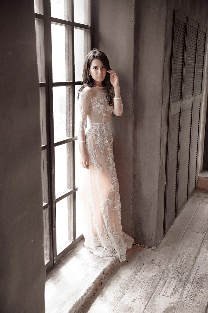 Роскошное и нежное кружевное платье