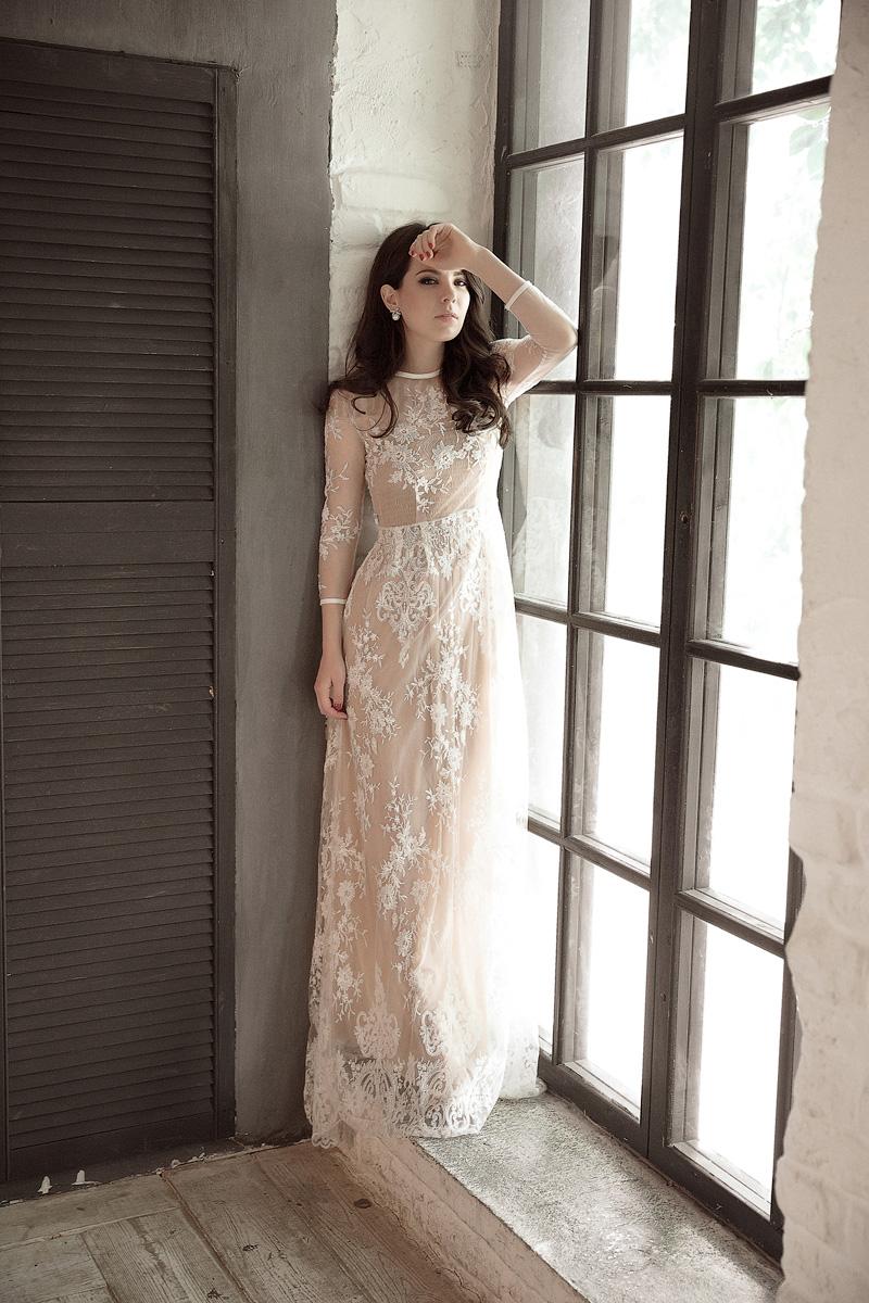 Прозрачное платье для элегантного и нежного образа