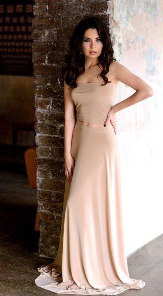 Вечернее платьеNude Dress