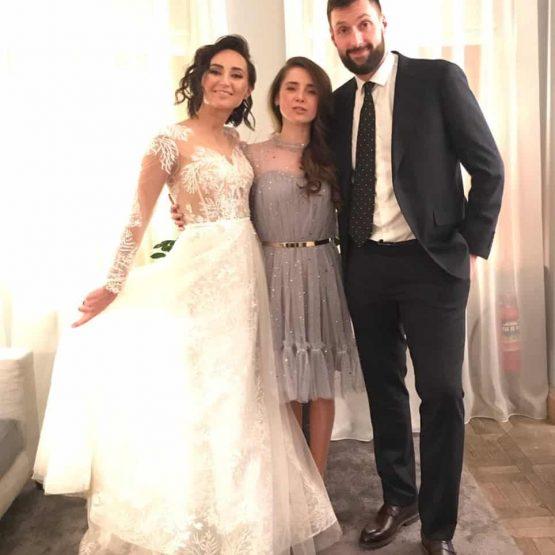 Ольга Зейгер с невестой Юлей и ее женихом Нугзаром