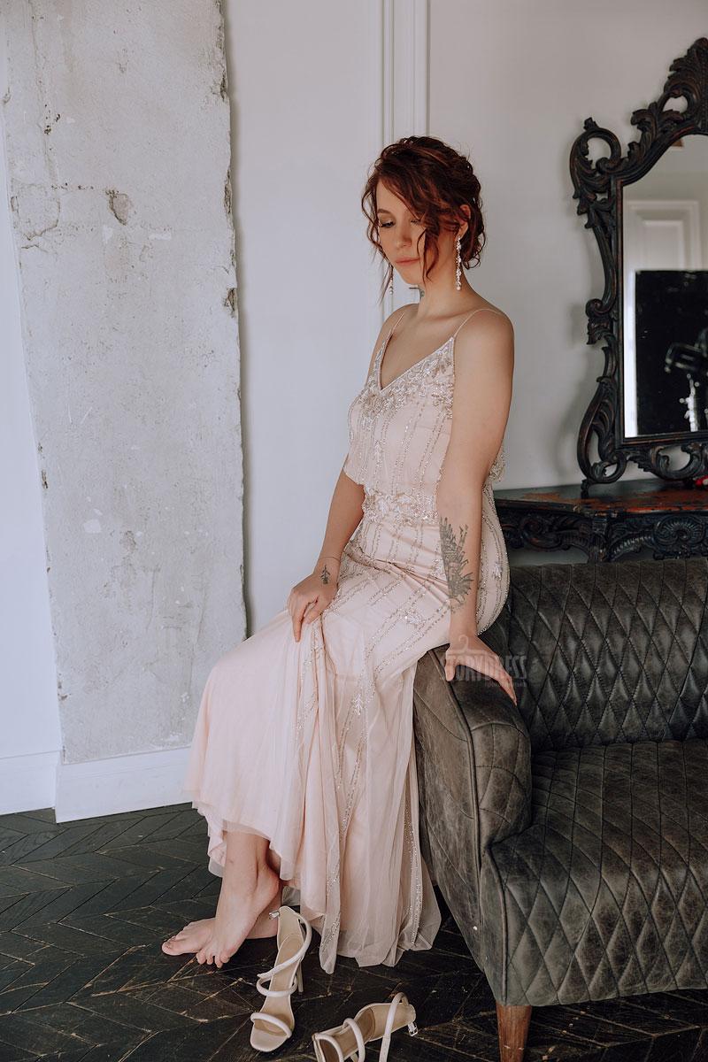 Платье для образа девушки с хорошим вкусом