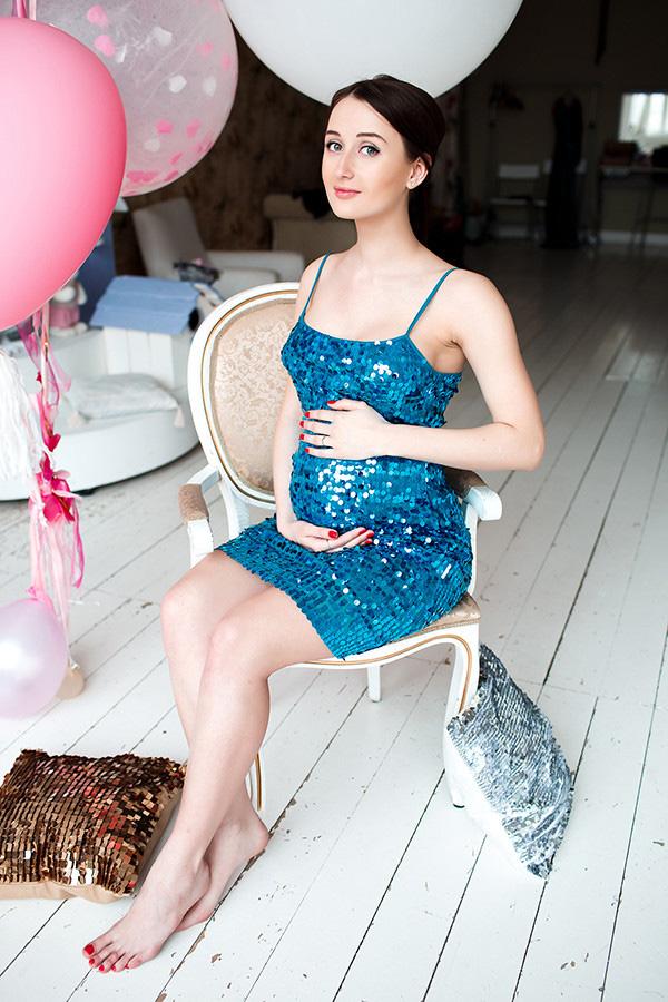 Платье для беременных глубокого синего цвета