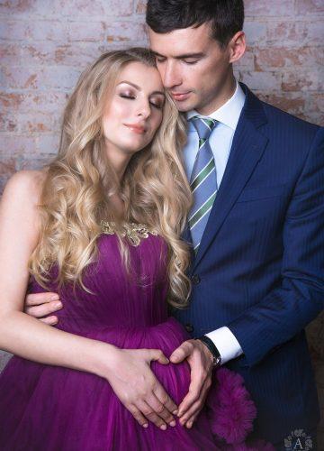 Платье-облако для беременных в сиреневом цвете