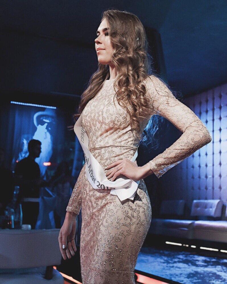 Даша Балеевских самая очаровательная финалистка конкурса красоты «Queen Royal Arbat 2017»
