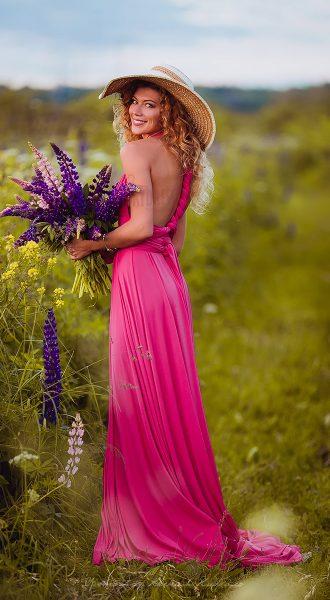 Вечернее платье цвета фуксия