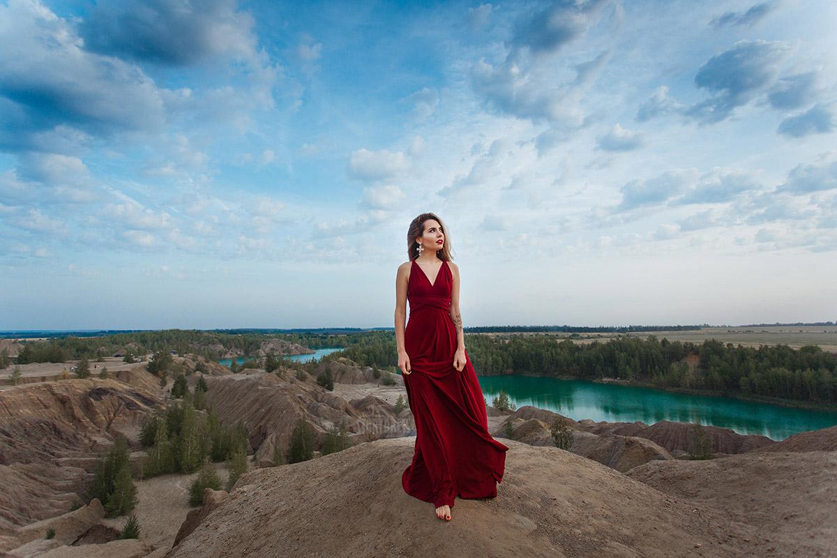 Платье-трансформер красного цвета