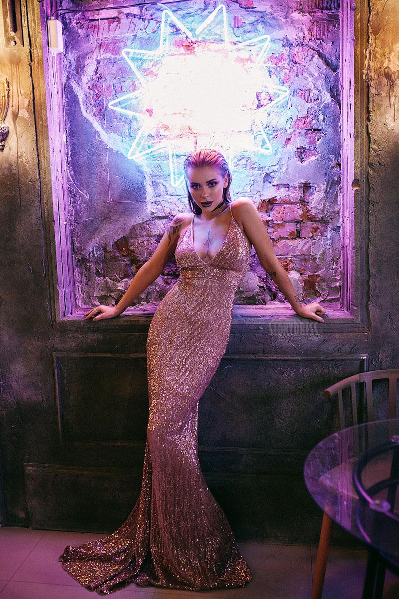 Силуэтное платье-русалка аренда Москва